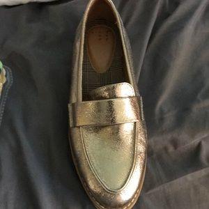 Gold loafer